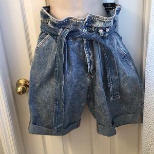 Acid wash Cargo denim shorts with paper bag waist